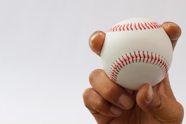野球イップスが4回の施術で改善した小学生【喜びの声】